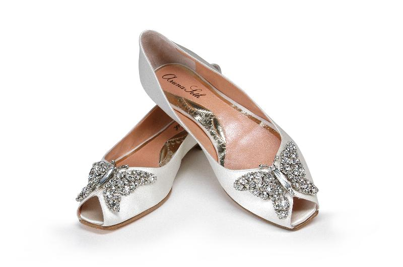 The rumor she commissioned four pairs of wedding shoes