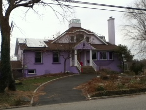 Purple house in Glen Cove, on the Island